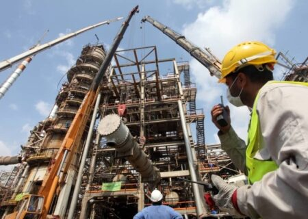 تولید روزانه میدان نفتی شراره به حدود ۱۵۰ هزار بشکه رسید