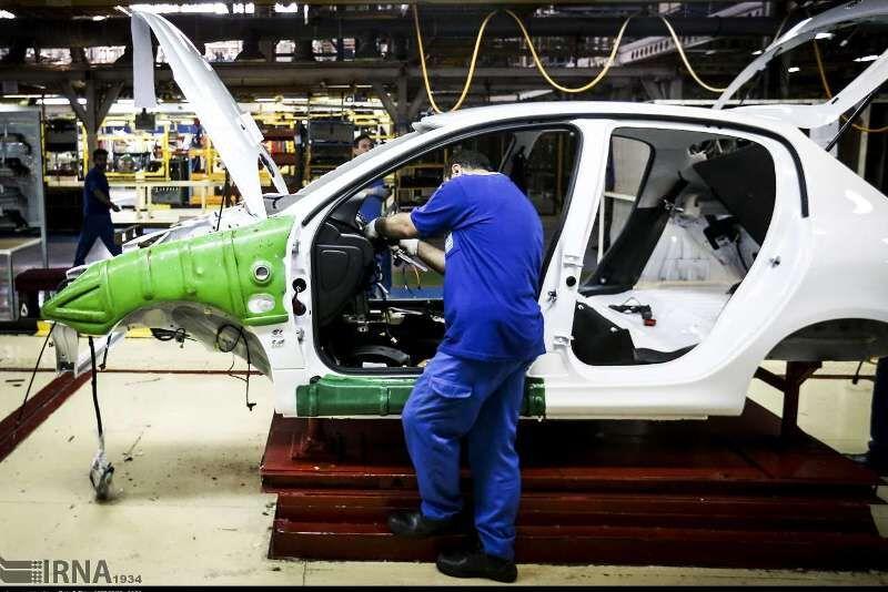قیمتگذاری خودرو در بورس یا حاشیه بازار، چارهساز نیست