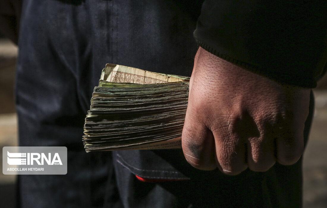 بیانضباطی مالی و افزایش تورم با سیاست پرداخت اعانه