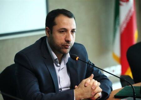 صالحآبادی: سیاست بانک توسعه صادرات ارائه بسته خدماتی به مشتریان است