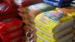 مشکل کد تخصیص ارز برای واردات برنج حل شد/ ماندگاری برنج های رسوبی تا ۲ سال است