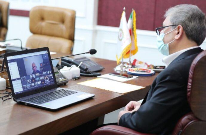 دکتر حسین زاده در گفت و گو با همکاران تازه استخدام؛ امیدوارم تاریخ ارزنده ای را برای بانک ملی ایران بسازید