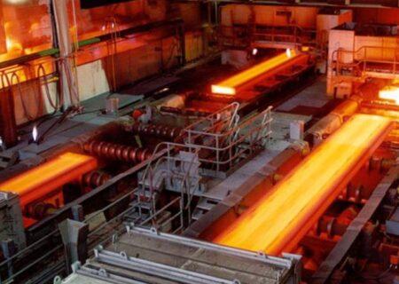وزارت صمت به سمت تعدیل قیمت فولاد حرکت میکند/ مدیریت عرضه میتواند قیمتها را مهندسی کرد