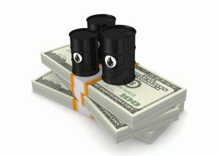 پول نفت تکه تکه شد/ بشکه کمتر، دلار گران تر و تبعات تورمی!