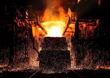 ثبت رکورد ۱۴۱ ذوب فولاد مبارکه لبیک به منویات رهبری است/ فولاد مبارکه با ثبت رکوردهای پیدرپی به دنبال تزریق امید به جامعه است