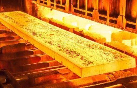 پشتیبانی فولاد مبارکه از صنایع استراتژیک کشور برای قطع وابستگی خارجی/ اشتغال ۳۵۰ هزار نفری و تامین مواد اولیه هزار شرکت داخلی