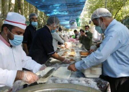 اجرای طرح اطعام و احسان حسینی همزمان با آغاز ماه محرم
