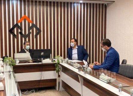 بازدید سرزده دکتر شایان مدیر عامل بانک مسکن از شرکت خدمات ارزی و صرافی بانک مسکن
