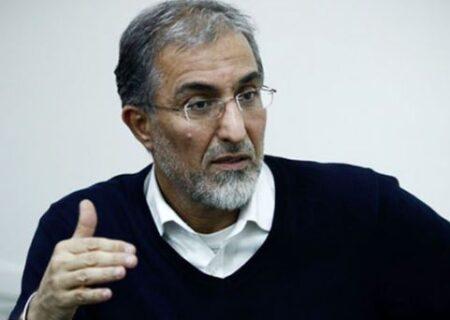حذف ارز ۴۲۰۰ تومانی و بالا نگاه داشتن قیمت ارز عواقب سنگین سیاسی و اجتماعی دارد/ فساد در ایران حاصل ارزپاشی به رفقا و خواص است