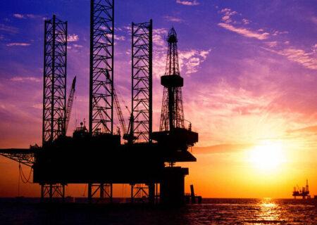 قیمت نفت خام جهش کرد / برنت ۷۲ دلاری شد
