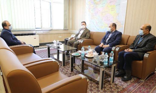 بازدید عضو هیات مدیره بانک ملی ایران از اداره کل آموزش