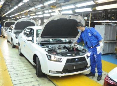 پیشتازی ایران خودرو در تولید و تامین بازار خودرو/برتری ۲۸ درصدی تولید نسبت به رقیب در مردادماه