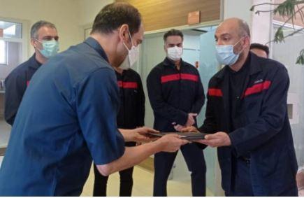 کارکنان اورژانس و فوریت های پزشکی شرکت؛ تلاشگران خط مقدم مقابله با کرونا هستند