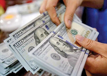 شرایط مطلوب کاهش نرخ ارز فراهم است