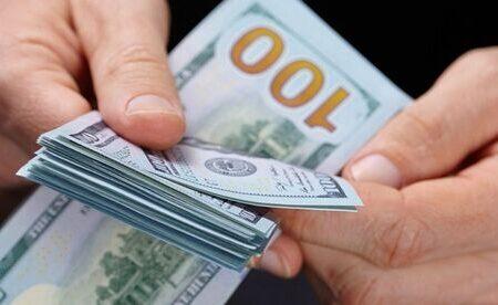 آزاد شدن منابع ارزی بازار ارز را آرام میکند