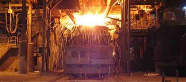 دستیابی به رکورد غرورآفرین روزانه ۱۴۰ ذوب در فولاد مبارکه