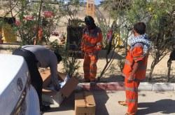 توزیع ماسک و محلول ضد عفونی میان پاکبانان و کارکنان خدمات فضای سبز شهری