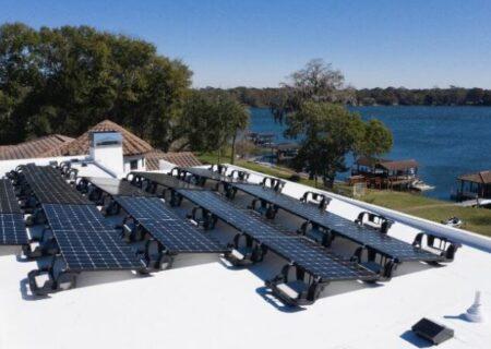 انرژی پاک و بهصرفه با پنلهای خورشیدی پیشرفته الجی