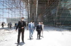 سفر مشاور رییس جمهور به کیش با هدف پیگیری پیشرفت ساخت پایانه جدید فرودگاه بین المللی این جزیره