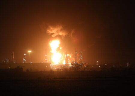 آتش در پالایشگاه تهران به ۵ درصد رسید