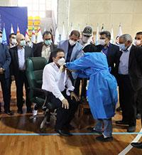 همزمان با عید غدیرخم واکسیناسیون کارکنان شاغل شبکه بانکی آغاز شد